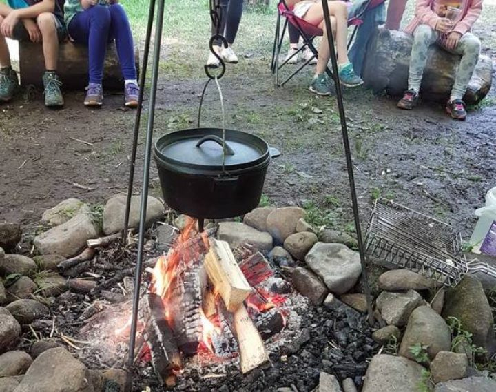 Outdoor Learning: Dutch oven popcorn